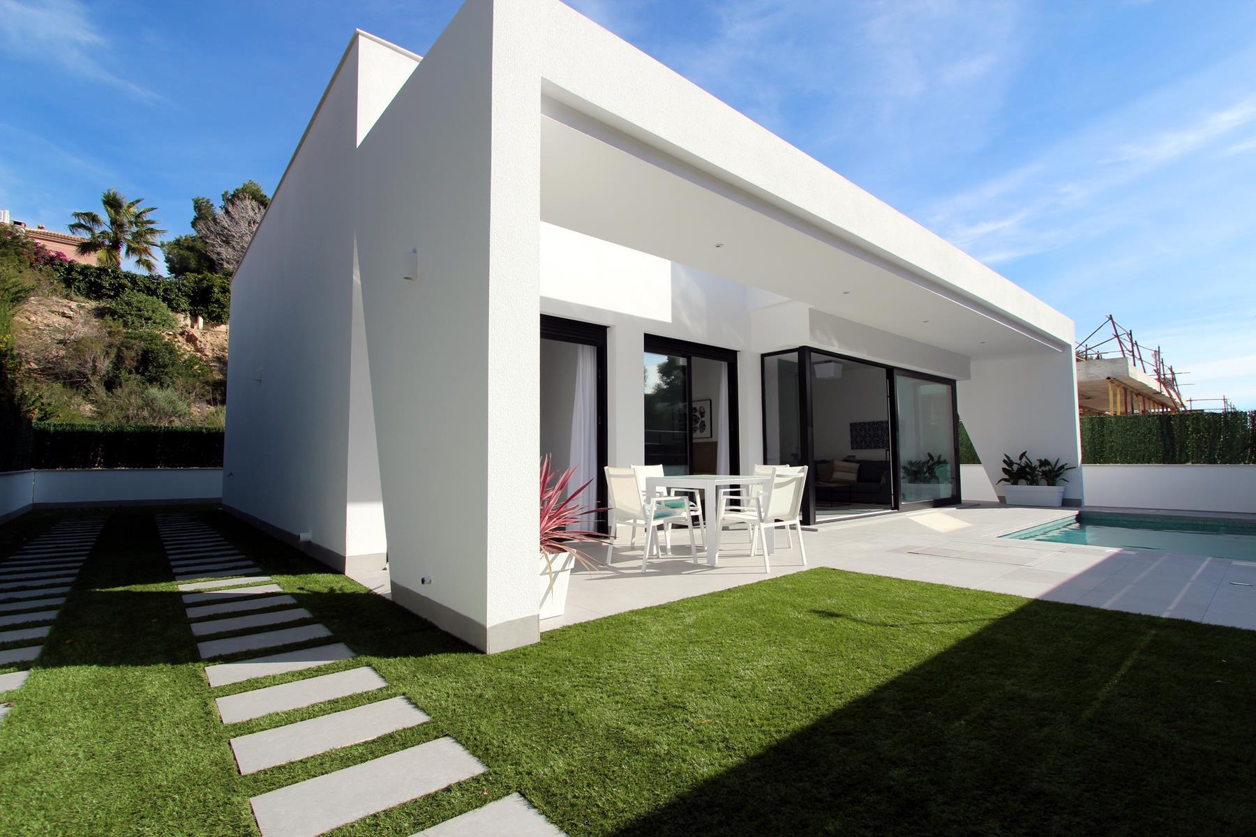 Pinar de Campoverde, moradias de luxo em construção nova