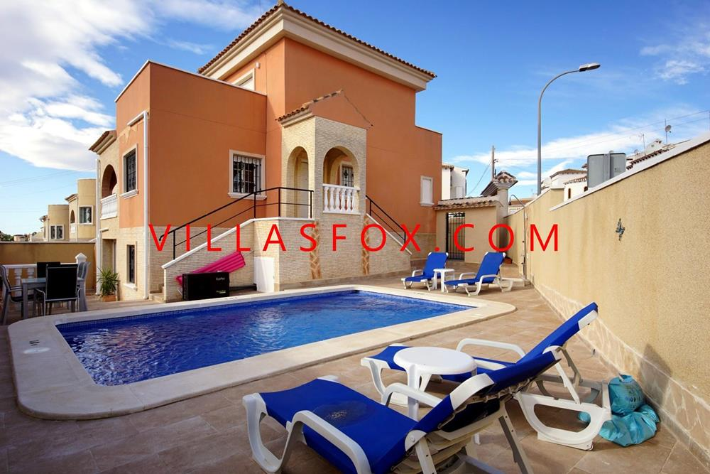 6-bedroom detached villa with pool, El Galan, San Miguel de Salinas