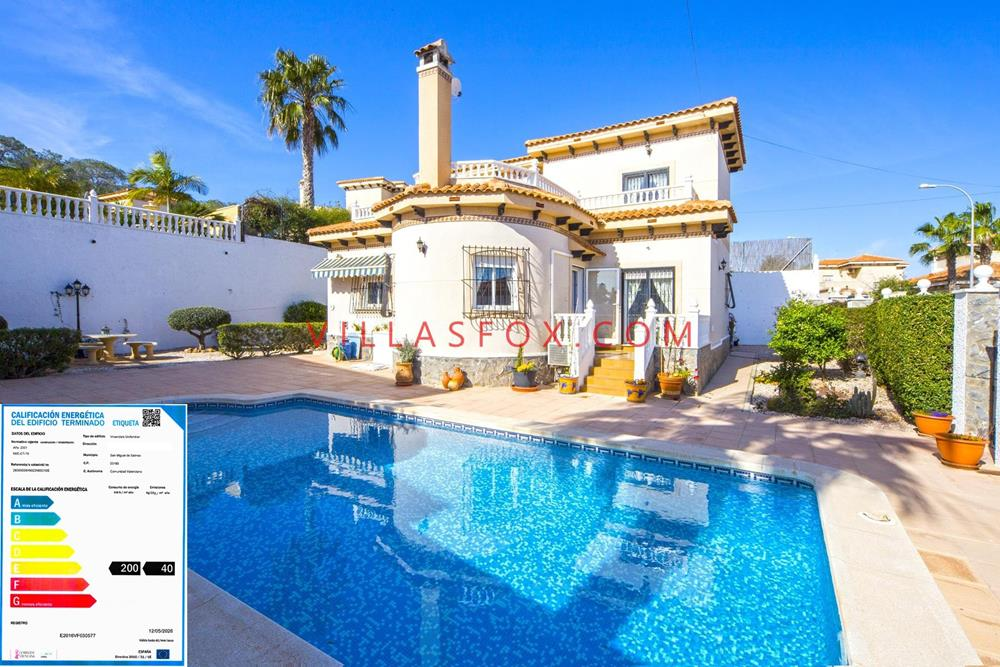 San Miguel de Salinas Villasmaría luxury villa with pool for sale