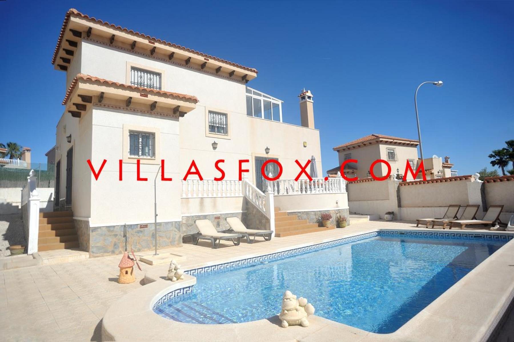Villasmaría (San Miguel de Salinas) 4-bedroom villa for sale