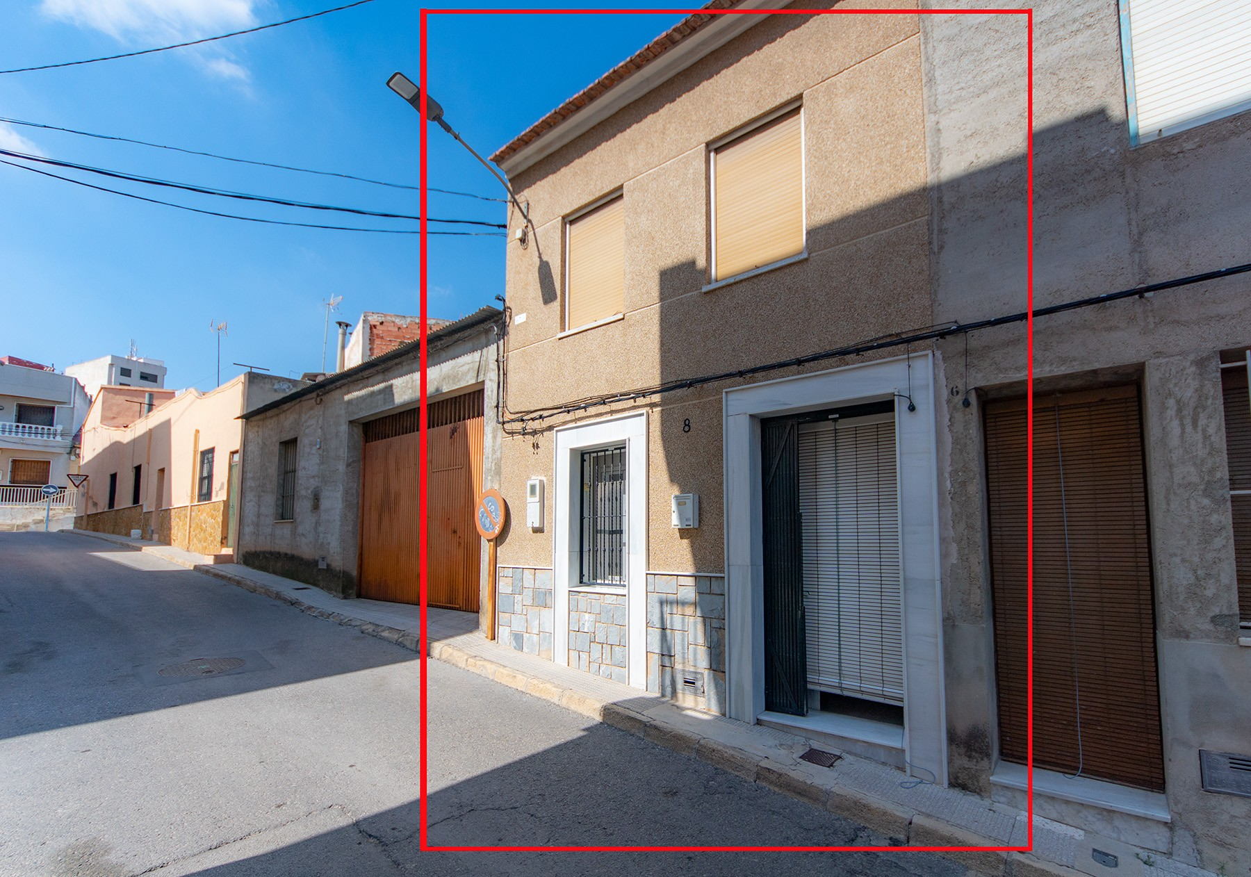4-bedroom townhouse with rear courtyard, Bigastro