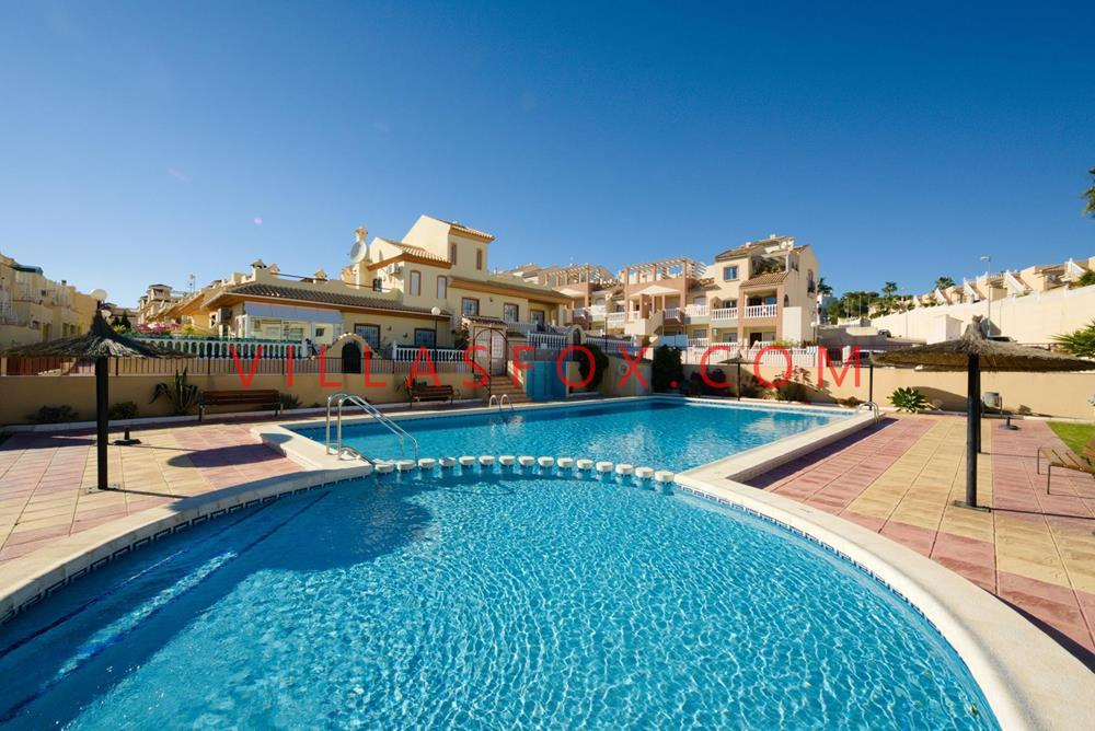 2-bedroom, 2-bathroom townhouse, solarium, pool, Florida Golf, Orihuela Costa