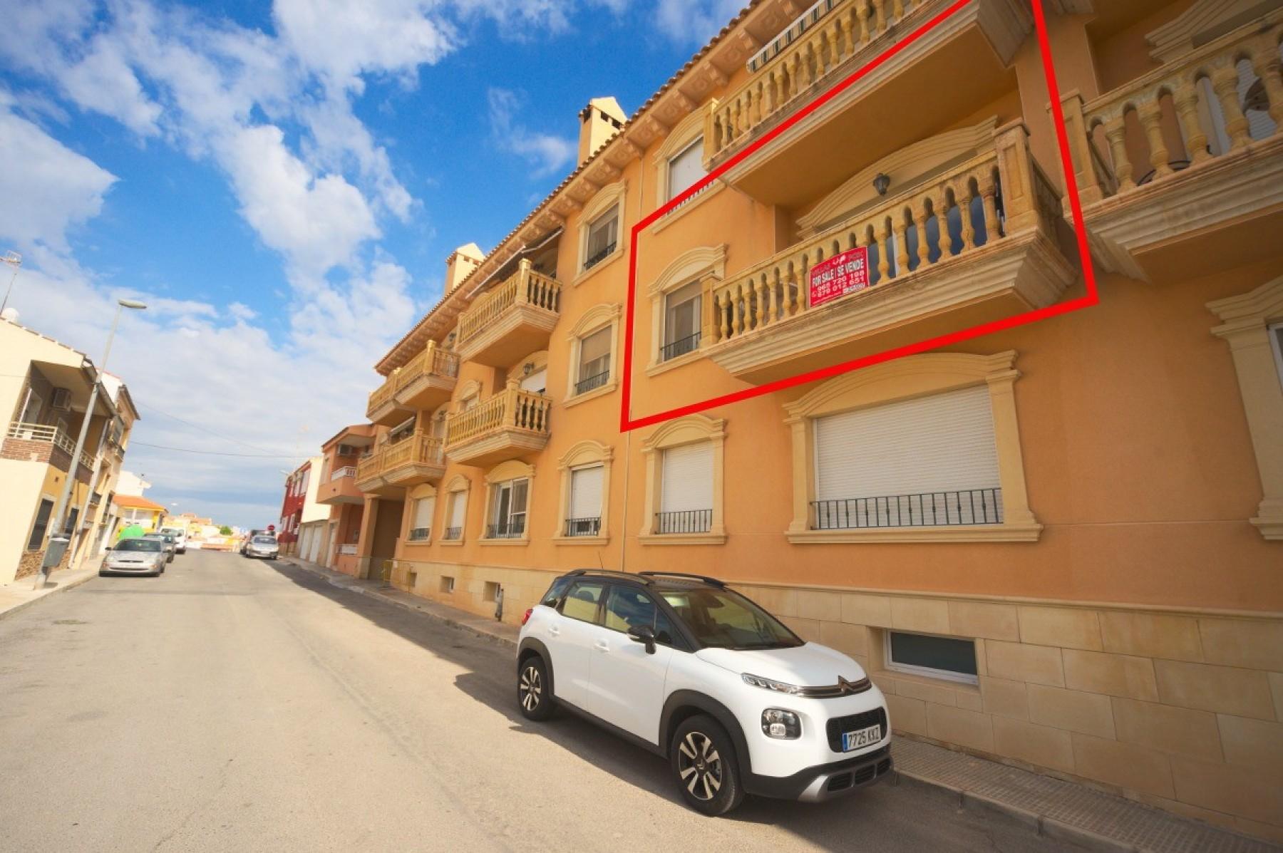3-bedroom, 2-bathroom luxury apartment with parking, San Miguel de Salinas