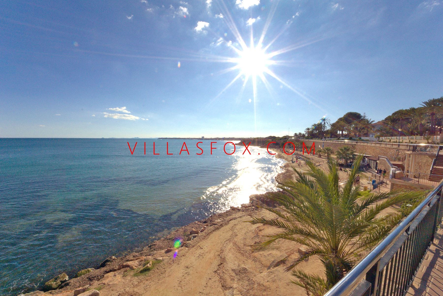 San Miguel de Salinas townhouse with 3 bedrooms, communal pool, rustic style