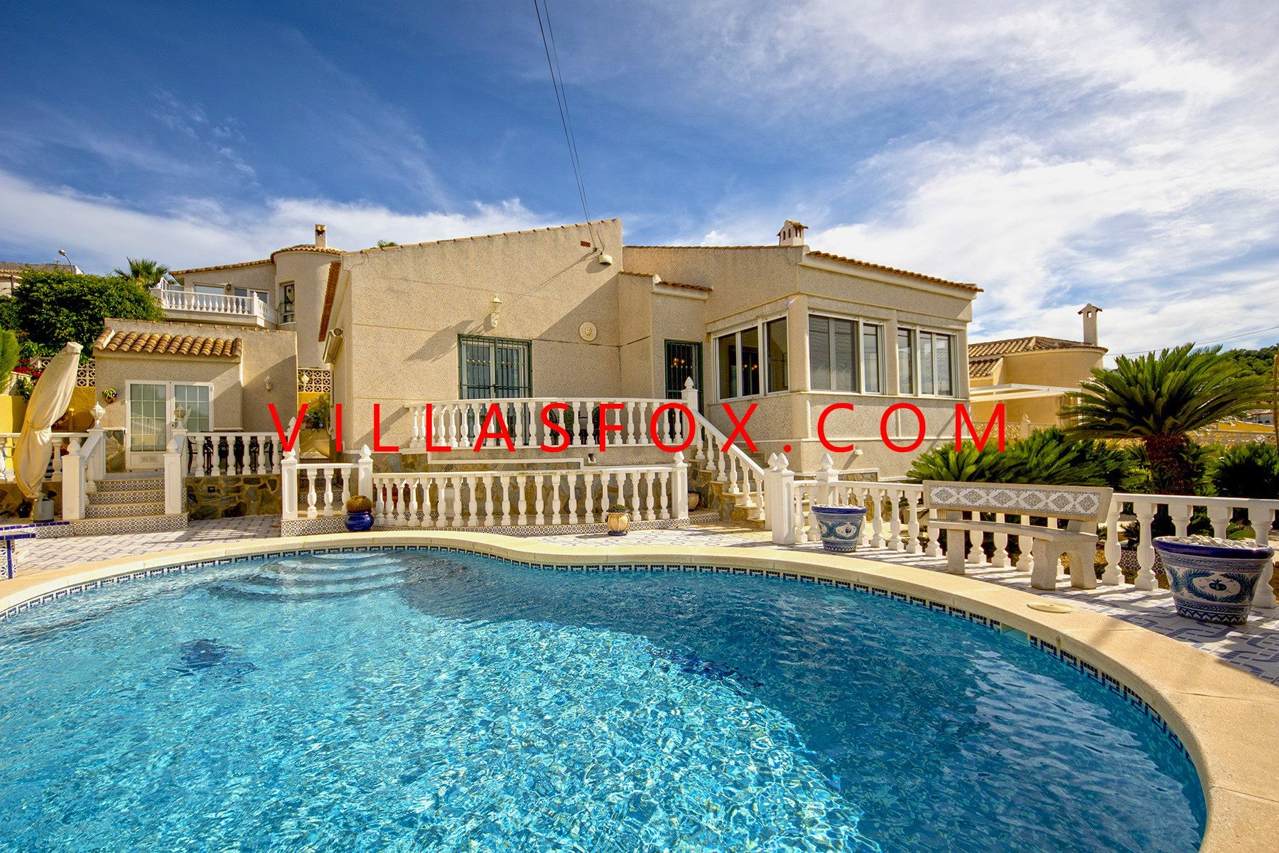 Las Comunicaciones 2-bedroom villa on one level with great views