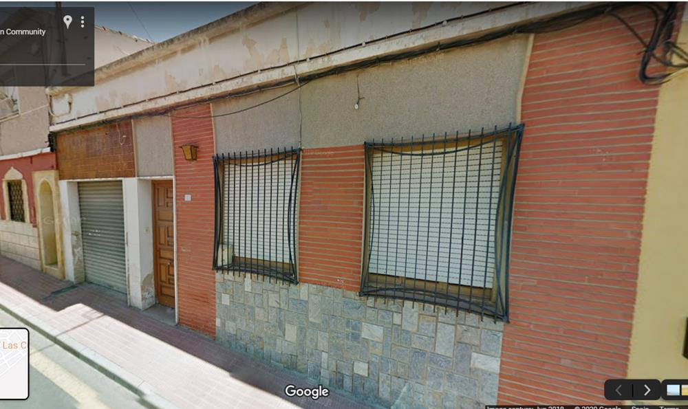Traditional Spanish house with garage for sale, San Miguel de Salinas