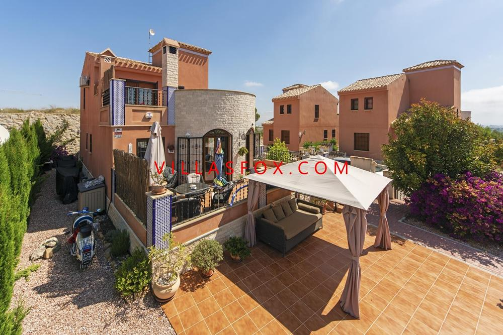 La Cañada villa for sale, San Miguel de Salinas, south-facing