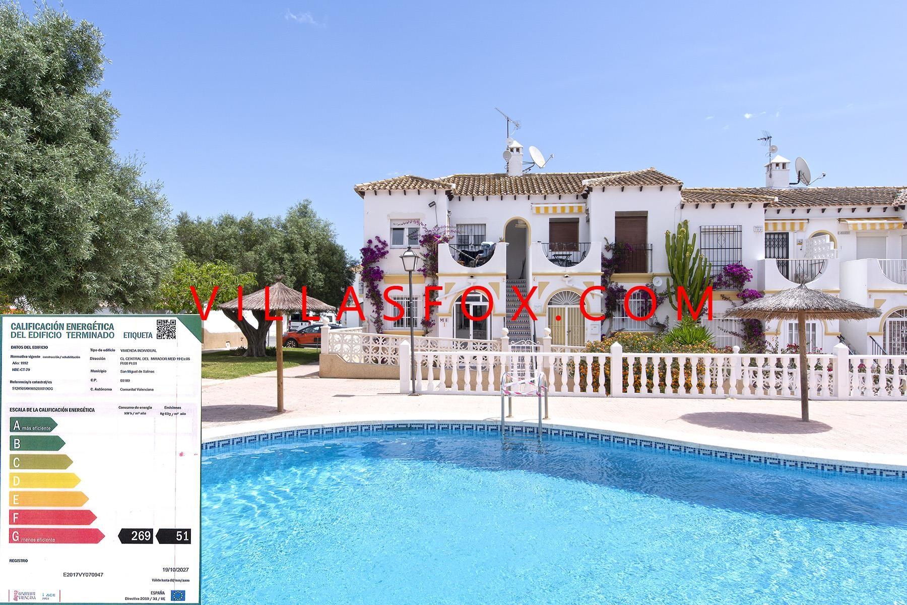Mirador del Mediterraneo large 1-bedroom ground-floor apartment with garden