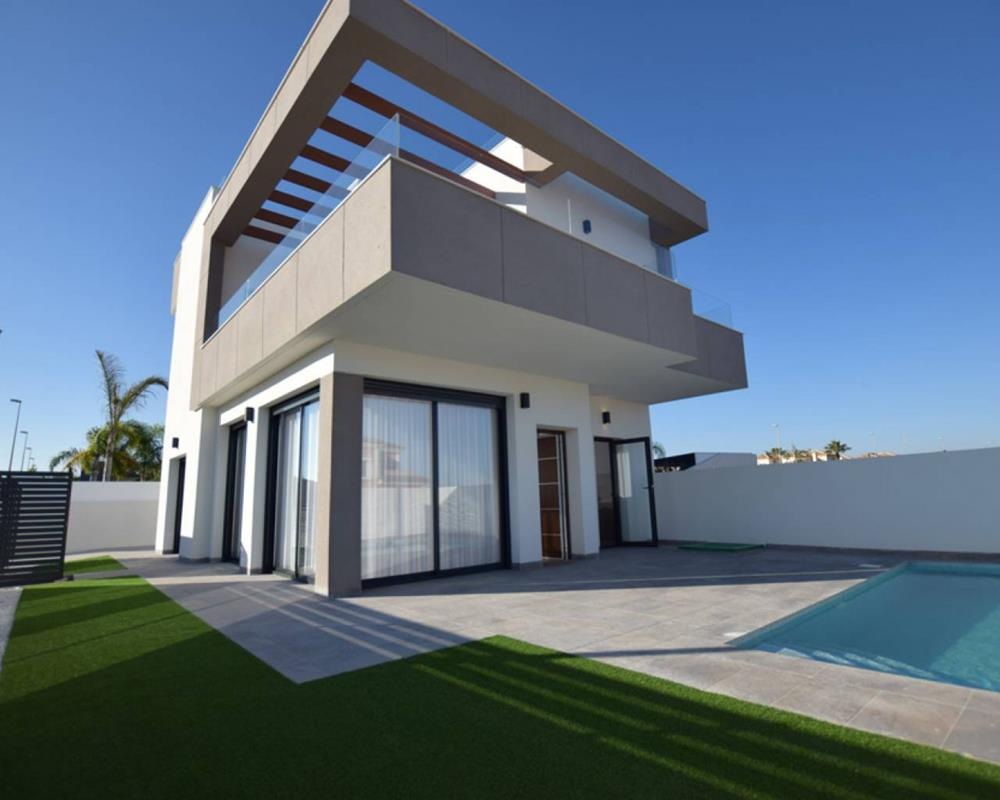 New-build 3-bedroom luxury villa, Los Montesinos