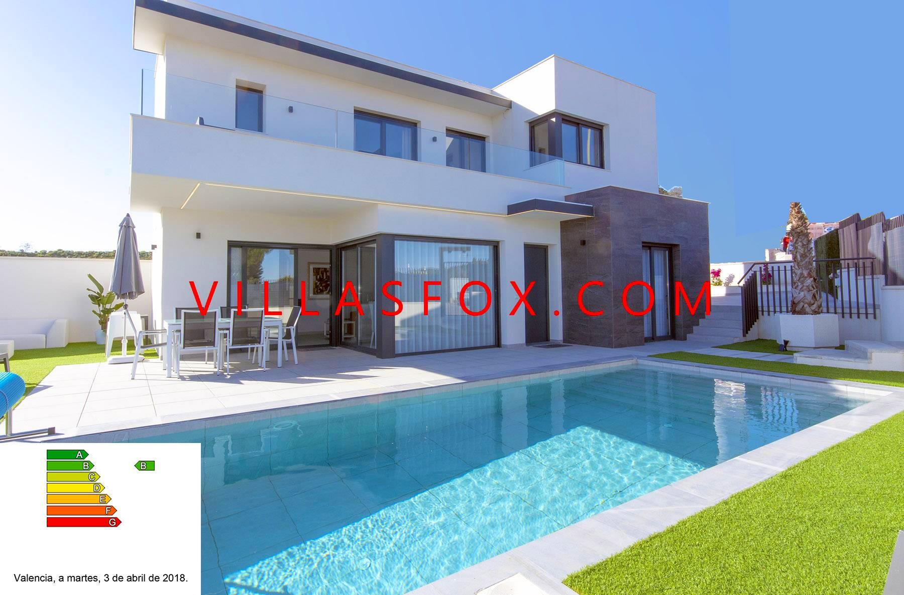 Natura Villas Resale Opportunity - San Miguel de Salinas - detached villa great views